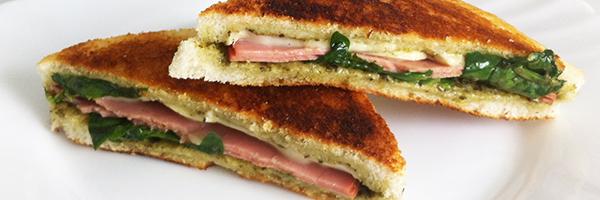 Sandwich De Brie y Mortadela